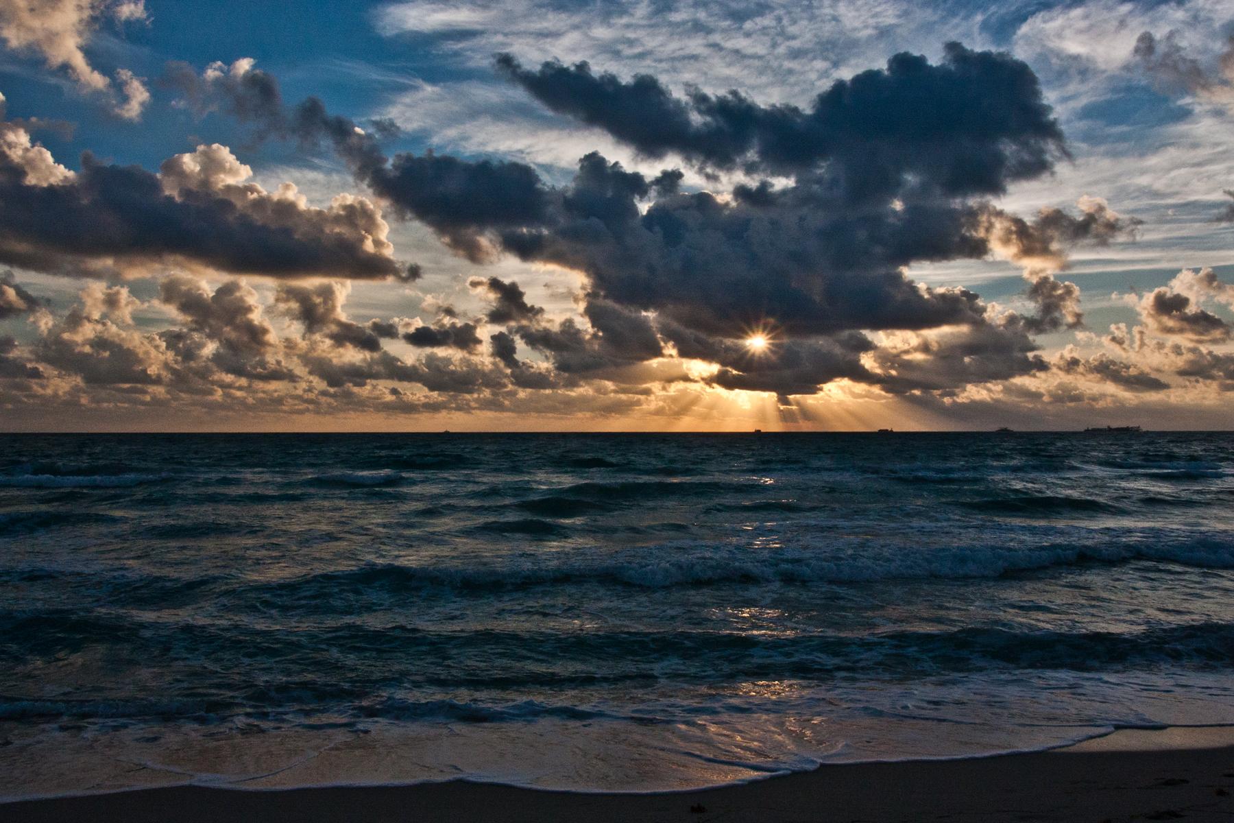 Sonnenaufgang in South Beach Florida